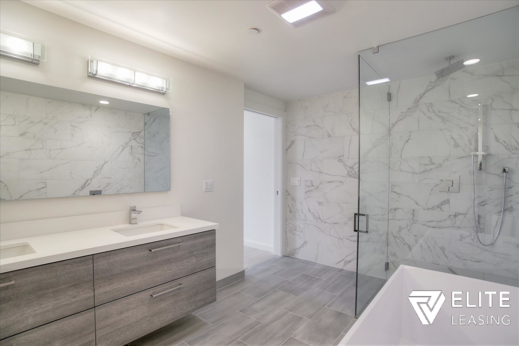 Listing 5372 : 1  Stanyan  Street #33, San Francisco, CA, 94118  (photo 10)