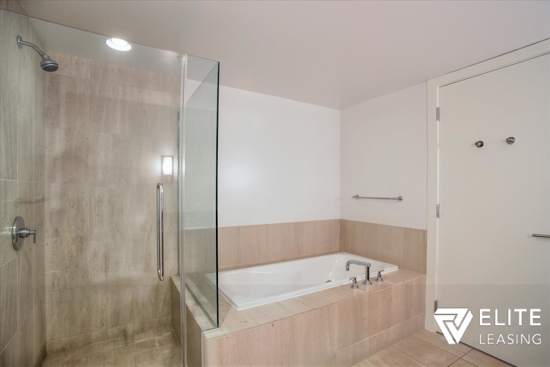 Listing 5497 : 301  Mission Street #7A, San Francisco, CA, 94105  (photo 11)