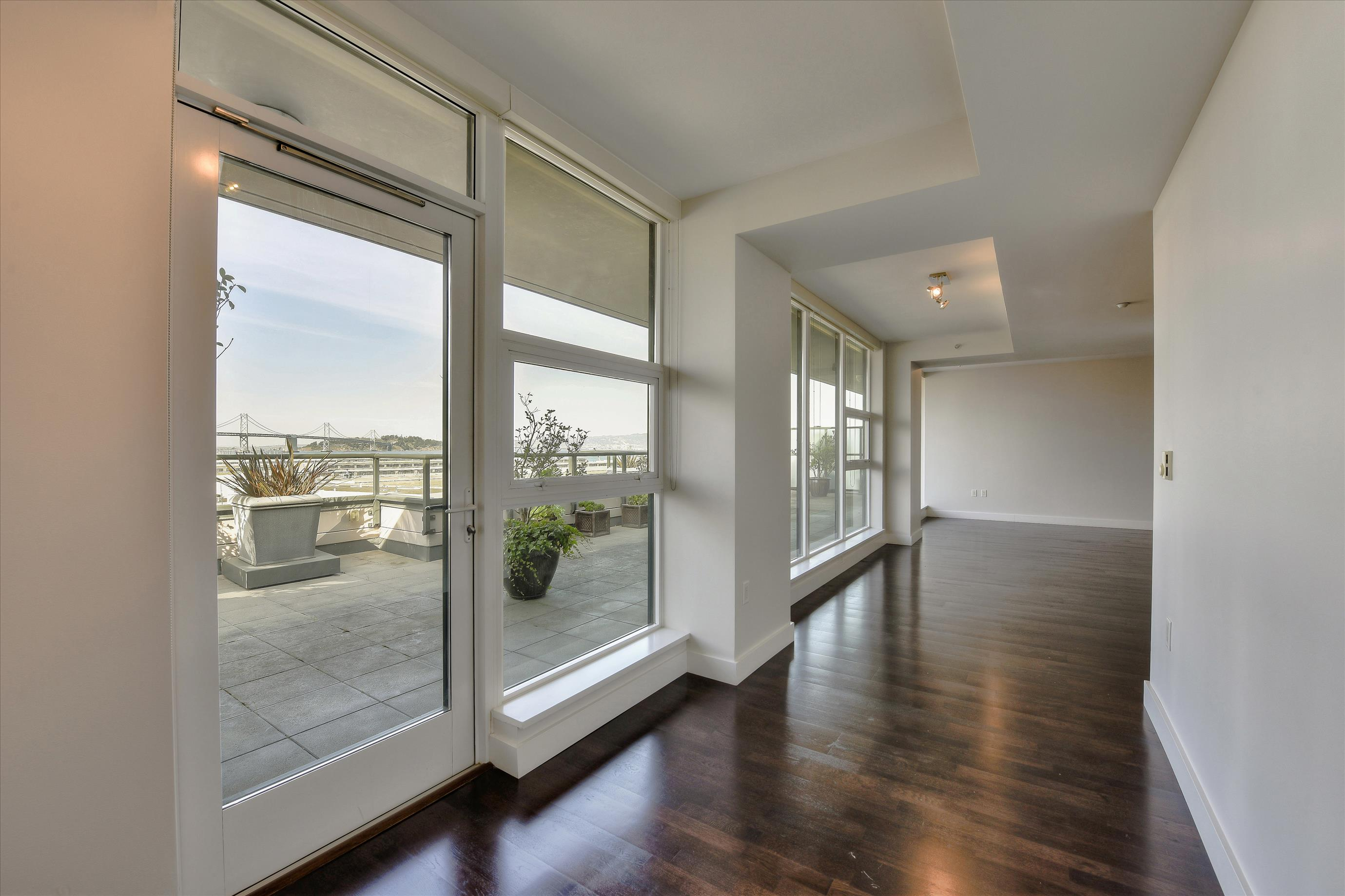 Listing 6428 : 590  6th St #303, San Francisco, CA, 94103  (photo 12)