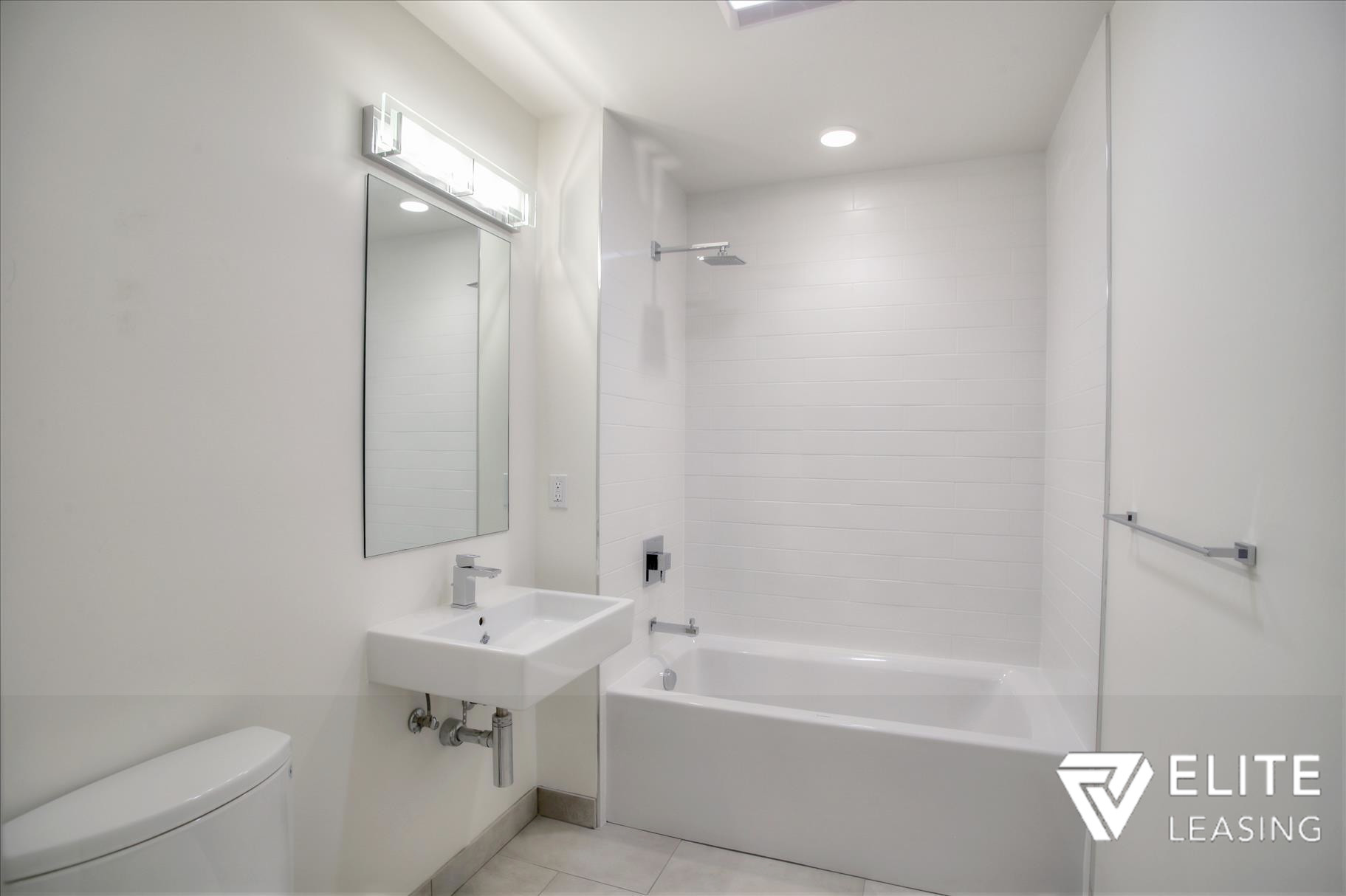 Listing 5372 : 1  Stanyan  Street #33, San Francisco, CA, 94118  (photo 16)