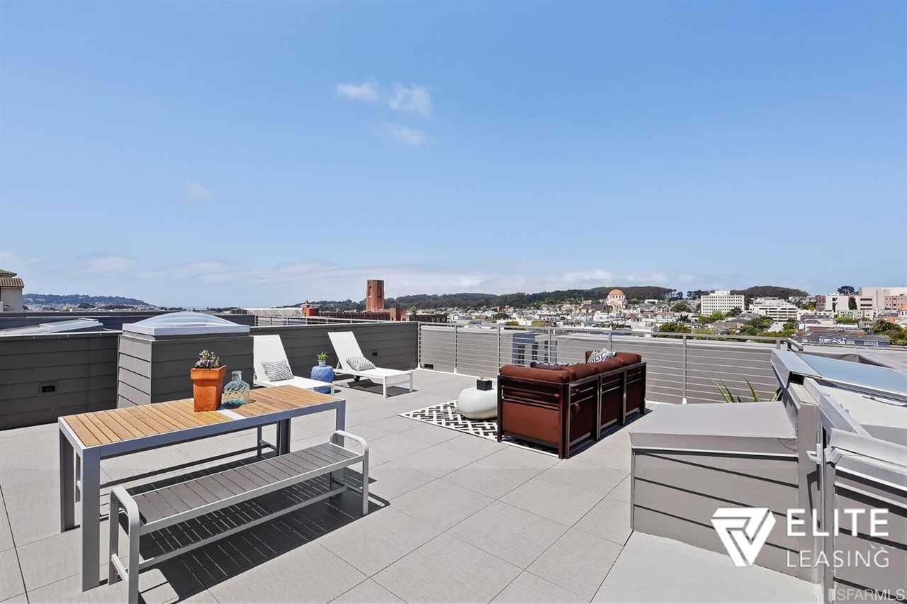 Listing 5248 : 1610  Pacific Avenue  #A, San Francisco, CA, 94109  (photo 19)