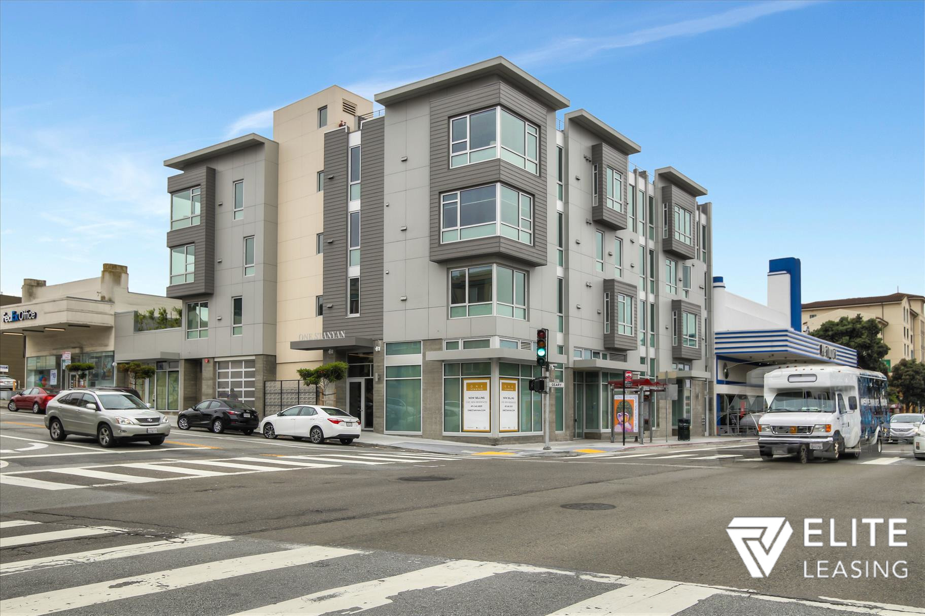 Listing 5372 : 1  Stanyan  Street #33, San Francisco, CA, 94118  (photo 2)