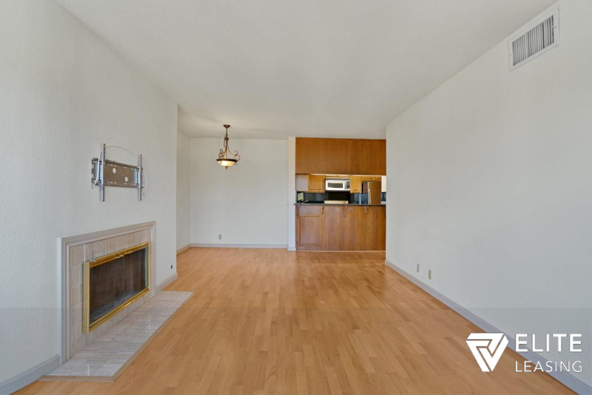 Listing 5433 : 555  4th  Street 729, San Francisco, CA, 94107  (photo 2)