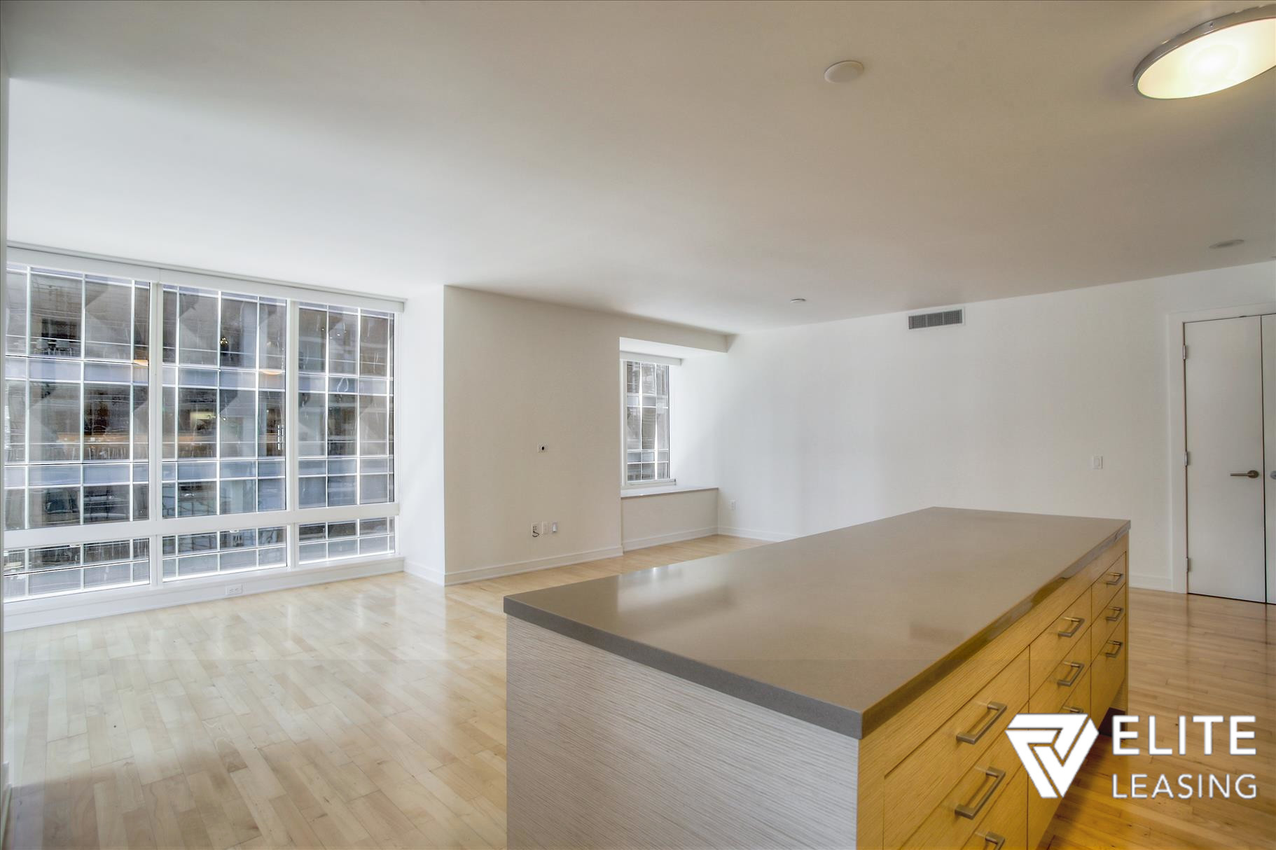 Listing 5497 : 301  Mission Street #7A, San Francisco, CA, 94105  (photo 4)