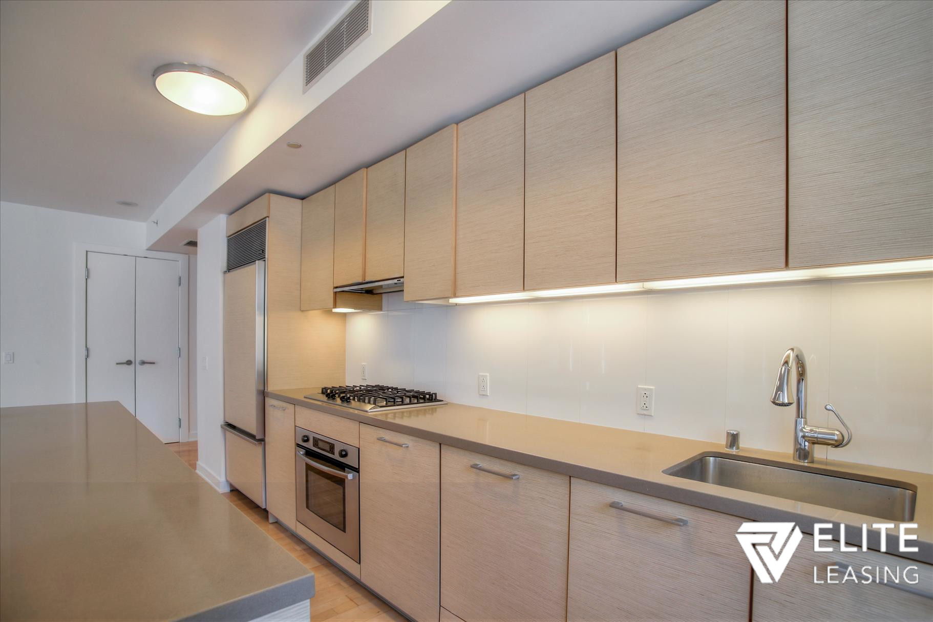 Listing 5497 : 301  Mission Street #7A, San Francisco, CA, 94105  (photo 5)