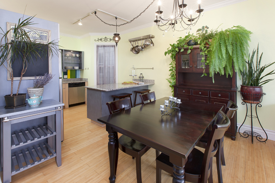 Listing 5341 : 635  Capp St. A, San Francisco, CA, 94110  (photo 6)