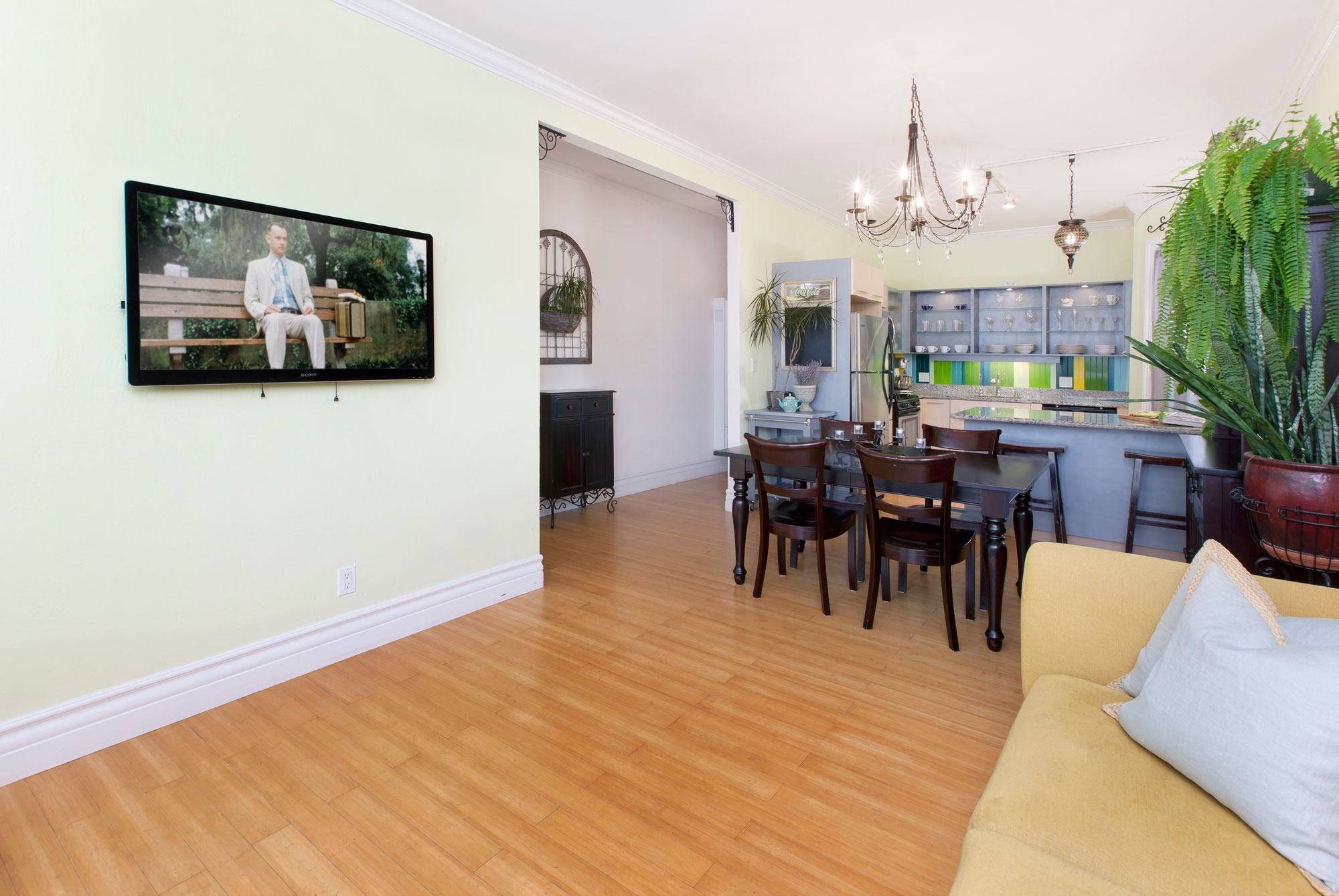 Listing 5341 : 635  Capp St. A, San Francisco, CA, 94110  (photo 2)