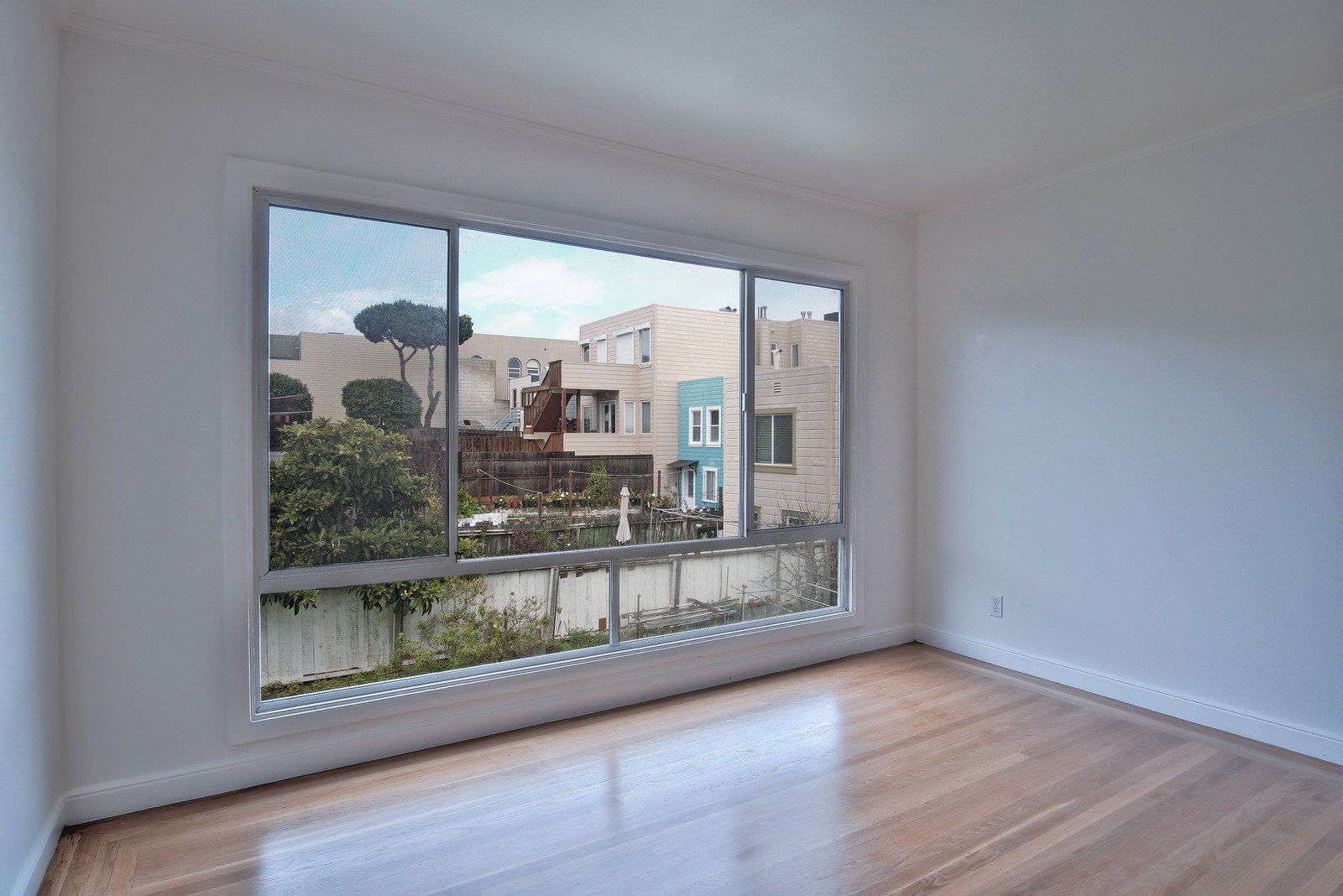 Listing 5455 : 360  6th Street, San Francisco, CA, 94103  (photo 7)