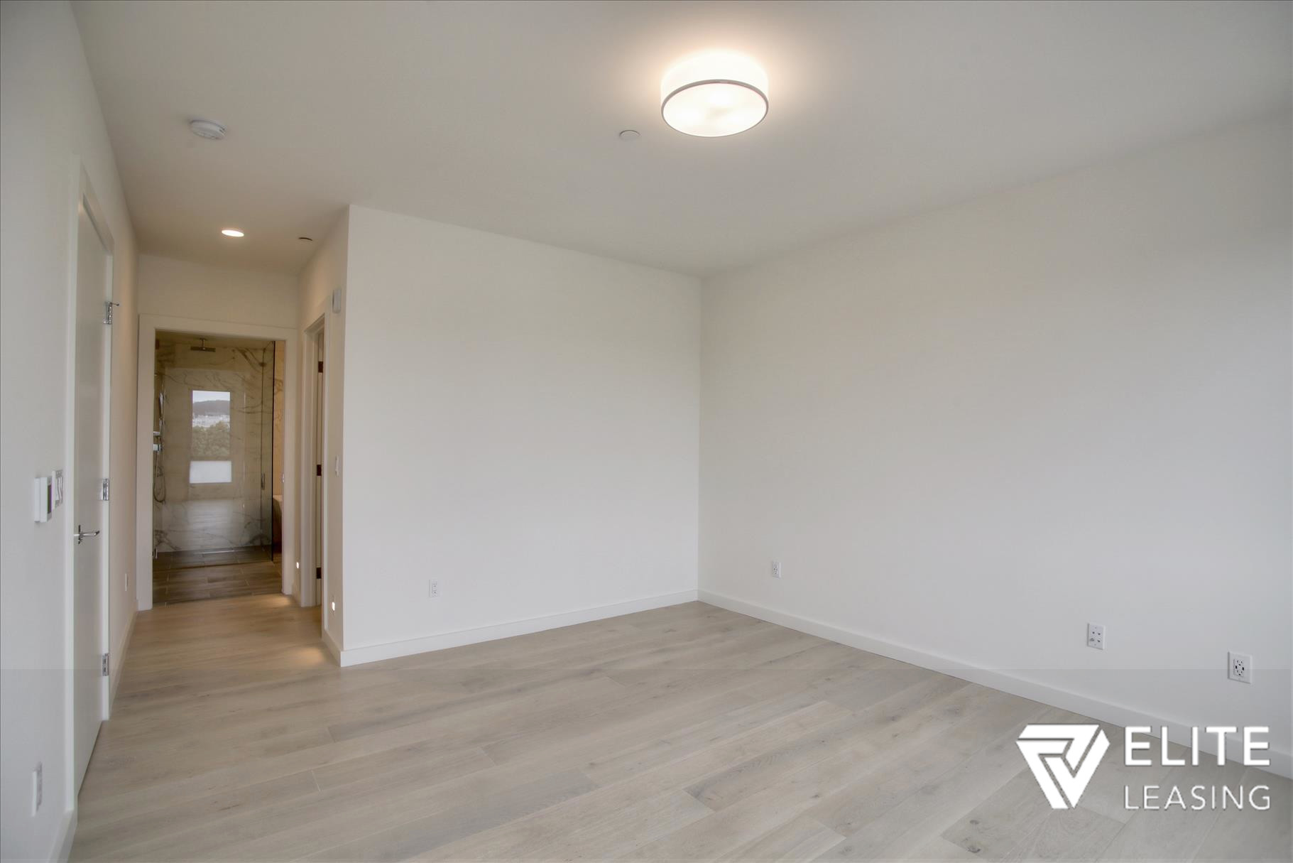 Listing 5372 : 1  Stanyan  Street #33, San Francisco, CA, 94118  (photo 8)