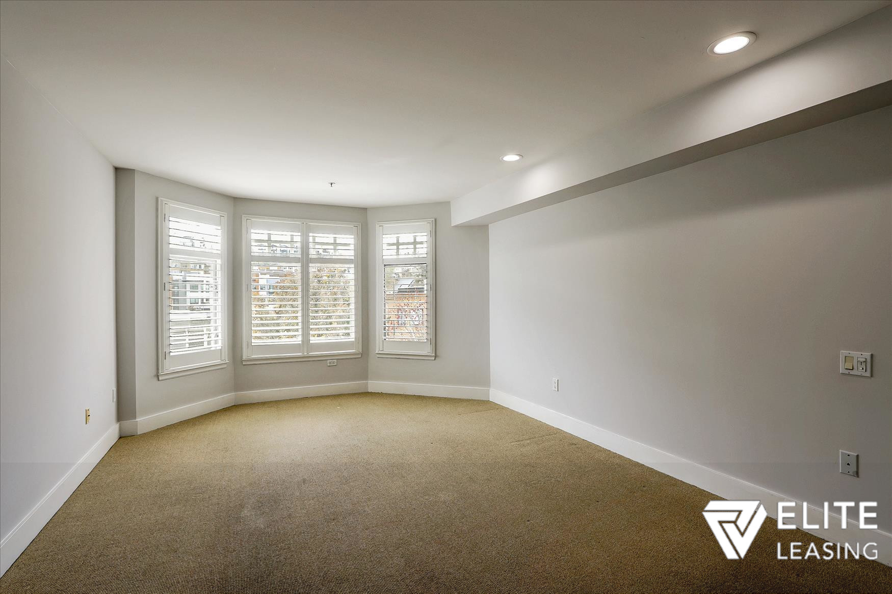 Listing 5116 : 1438  Leavenworth Street, San Francisco, CA, 94109  (photo 10)