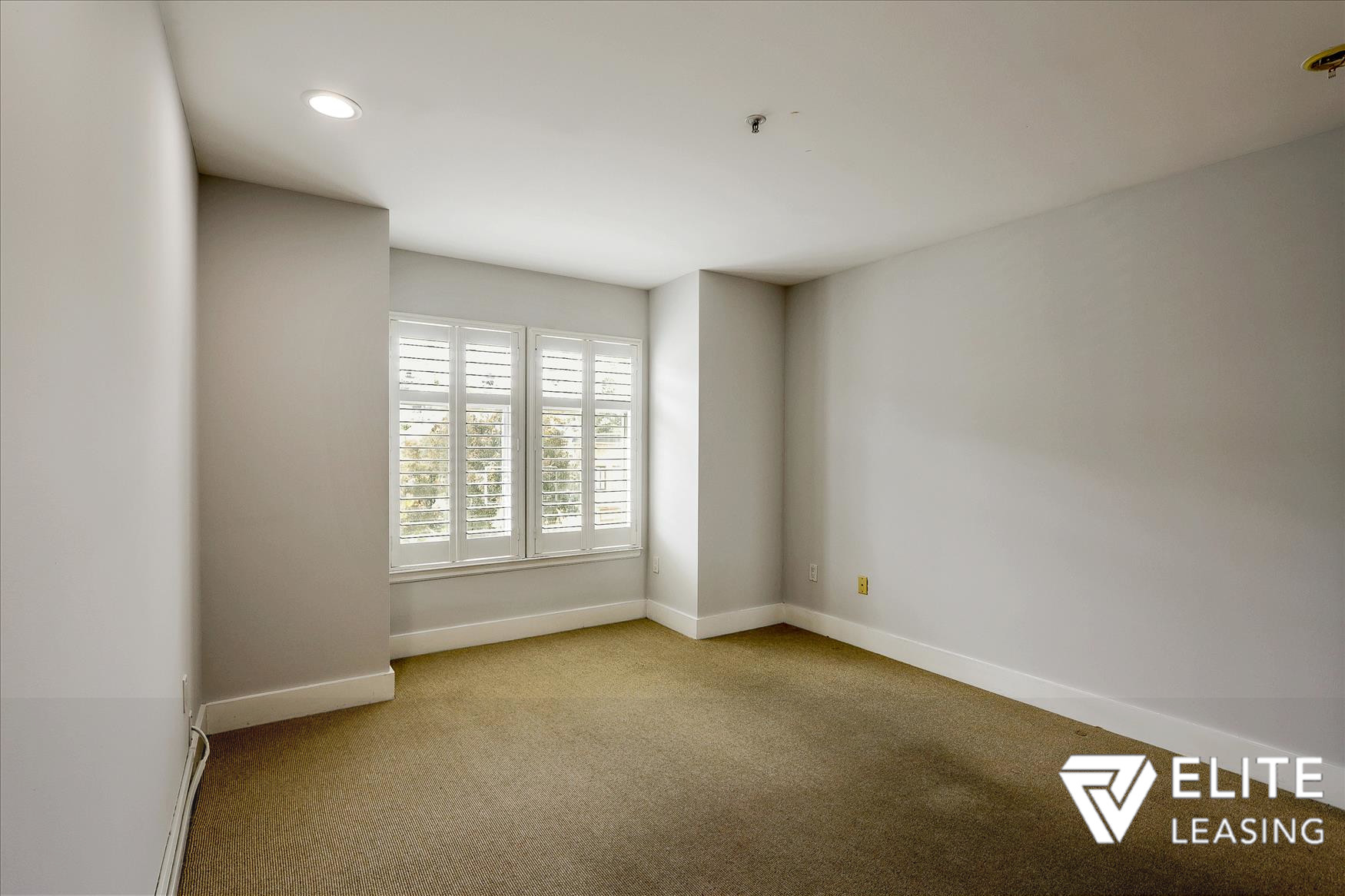 Listing 5116 : 1438  Leavenworth Street, San Francisco, CA, 94109  (photo 12)
