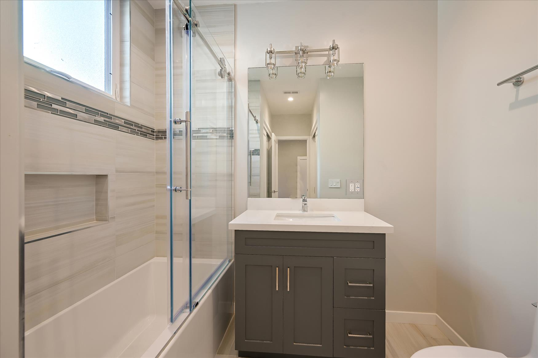 Listing 6095 : -1640  Greenwich St, San Francisco, CA, 94123  (photo 13)