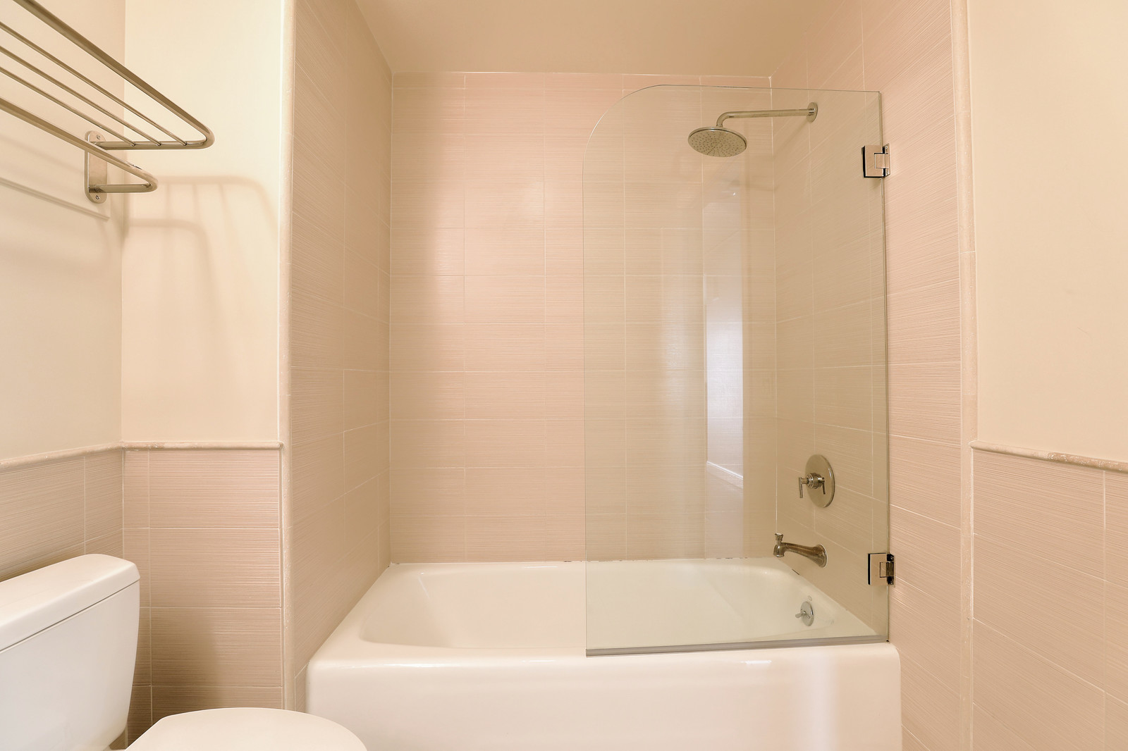 Listing 6229 : 1022  Stanyan St, San Francisco, CA, 94117  (photo 15)
