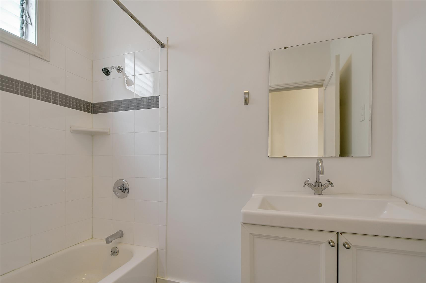 Listing 6206 : 344  Parnassus  Ave, San Francisco, CA, 94117  (photo 18)