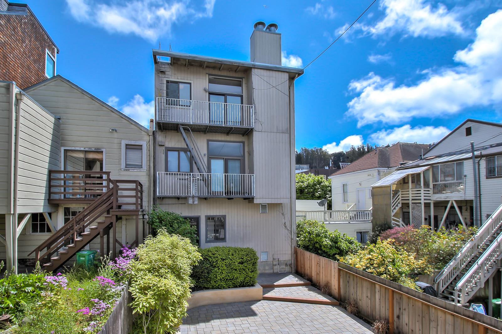 Listing 4852 : 3646  20th Street, San Francisco, CA, 94110  (photo 17)