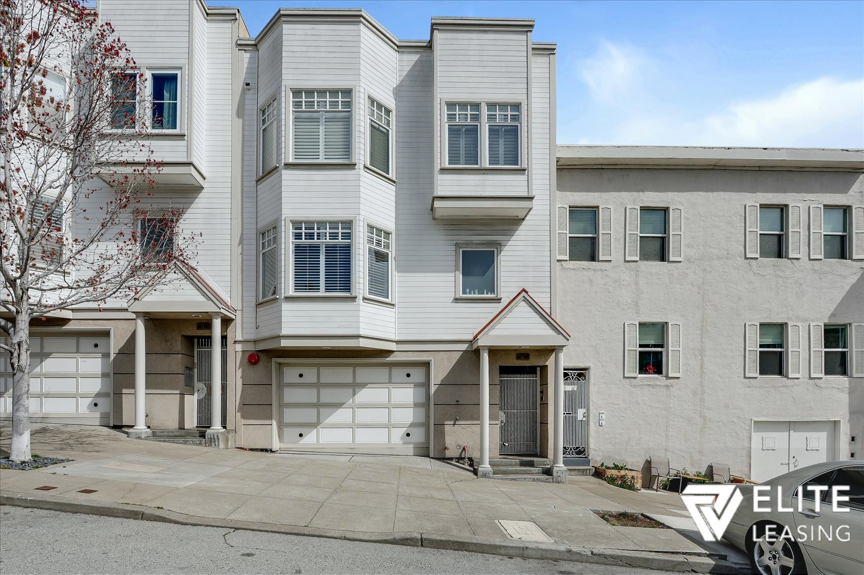 Listing 5491 : 2242  Washington Street, San Francisco, CA, 94115  (photo 2)