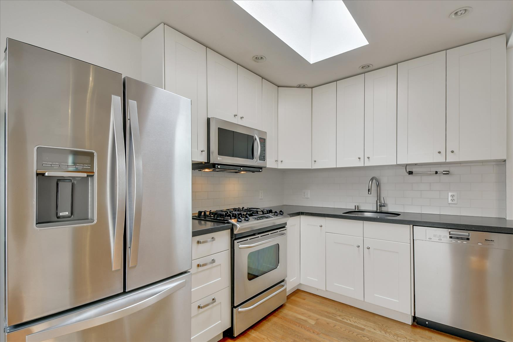 Listing 6454 : 690  Market St #504, San Francisco, CA, 94104  (photo 4)