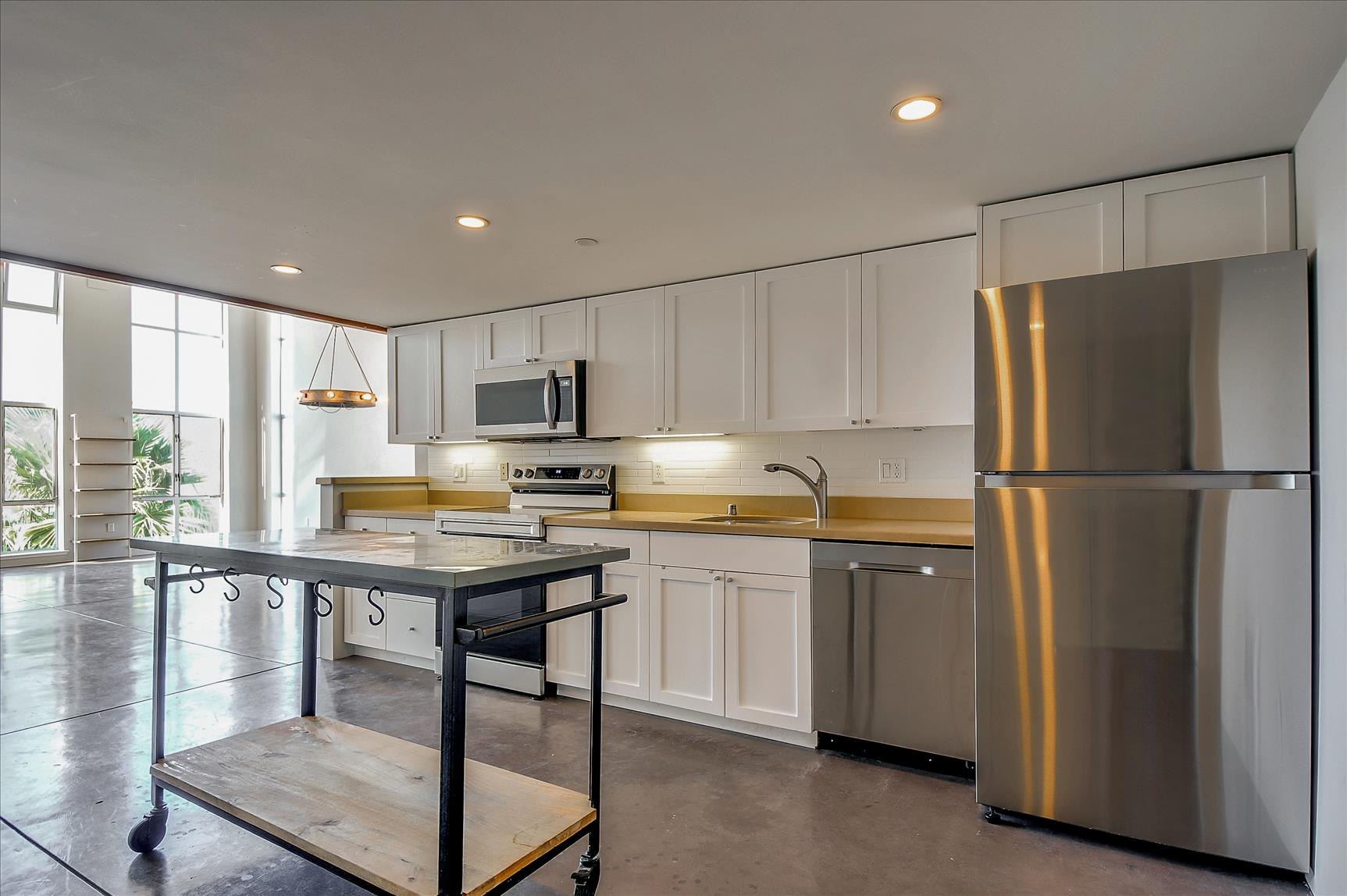Listing 6229 : 1022  Stanyan St, San Francisco, CA, 94117  (photo 5)