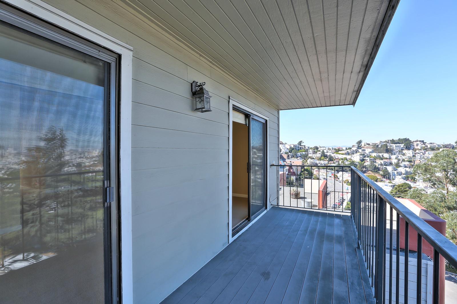Listing 6399 : 824  Hyde St #302, San Francisco, CA, 94109  (photo 4)