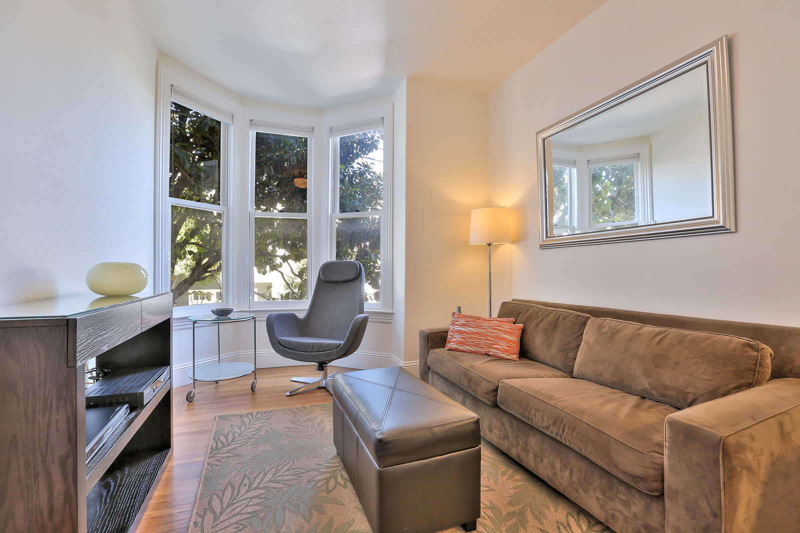 Listing 6229 : 1022  Stanyan St, San Francisco, CA, 94117  (photo 8)