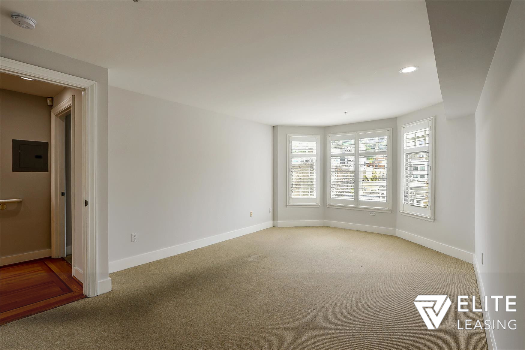 Listing 5116 : 1438  Leavenworth Street, San Francisco, CA, 94109  (photo 9)
