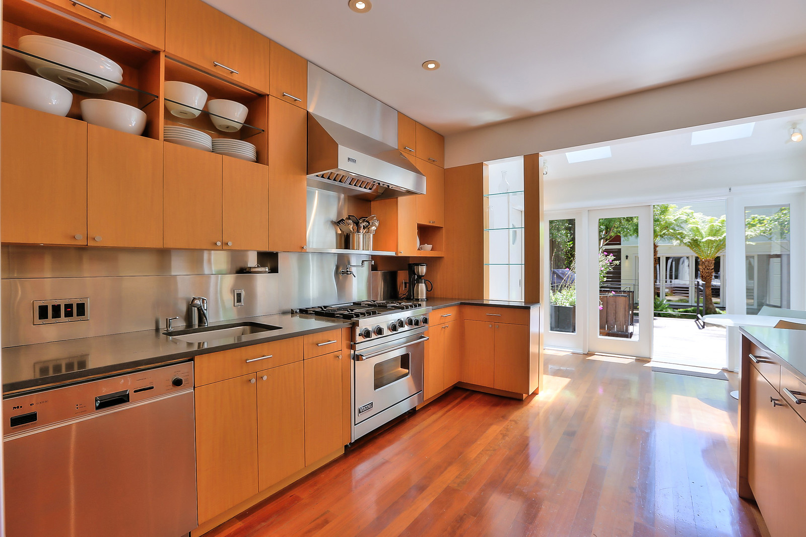Listing 6250 : 201  Sansome St #1002, San Francisco, CA, 94104  (photo 9)