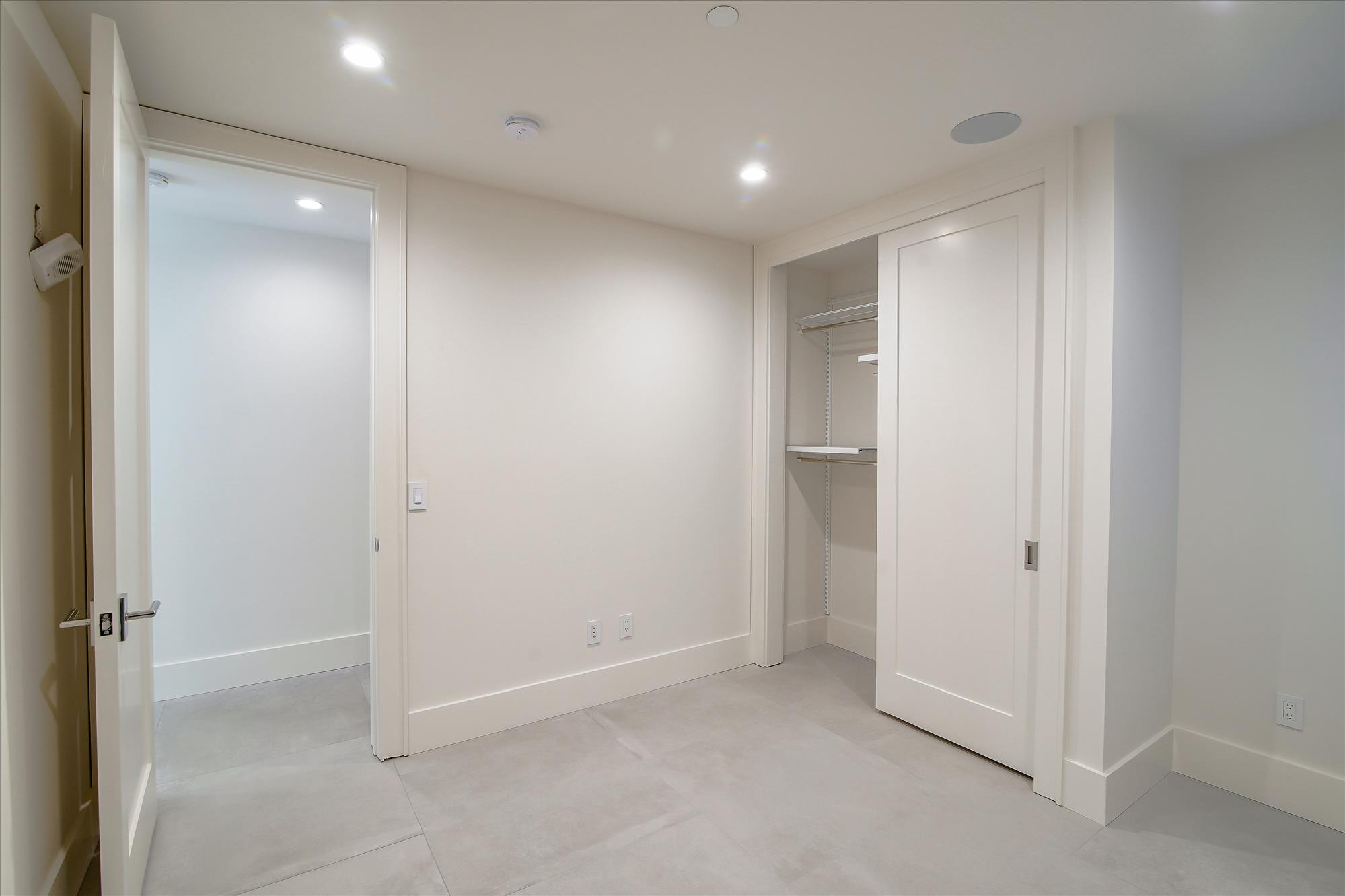 Listing 6066 : 16  Montezuma St, San Francisco, CA, 94110  (photo 19)