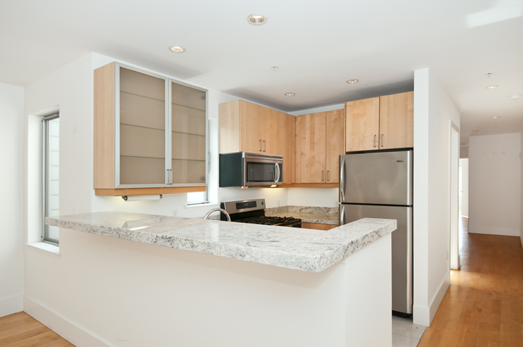 Listing 5693 : 566  South Van Ness Avenue #22, San Francisco, CA, 94110  (photo 8)